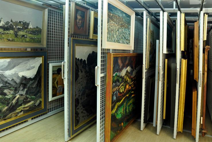 paintings storage